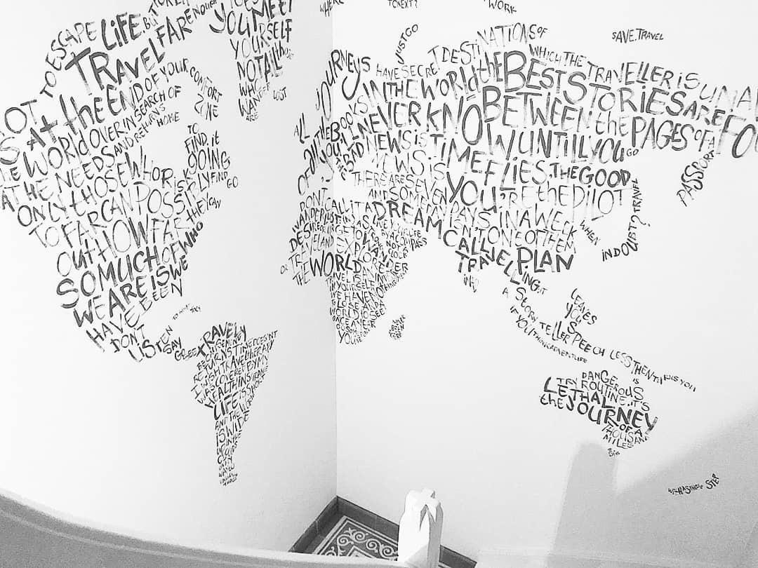 Travel quotes world